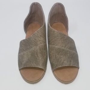 Bamboo Women's Sandals Size 7